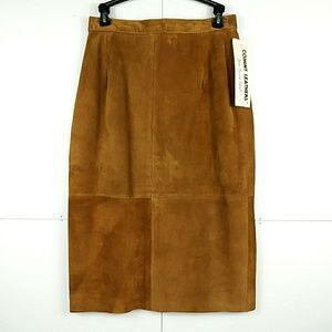 NWT Genuine Leather Suade Skirt Comint  9-10